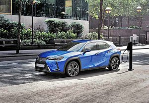 为打响名号,LEXUS首部纯电动车UX300e针对特定市场推出罕见的10年100公里电池保固